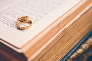 ślub obrączki dewocjonalia