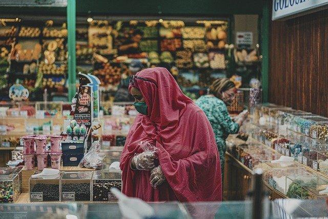 Zabudowa stoisk targowych